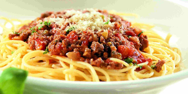 Simple Spaghetti Bolognese | RecipeDose - Quick And Easy Cooking ...