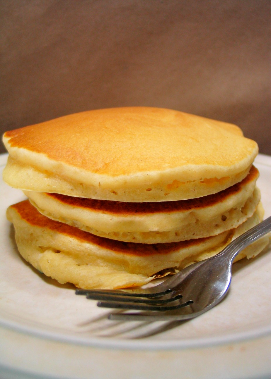 Fluffy Pancake Recipe | RecipeDose - Quick And Easy Cooking Recipes ...